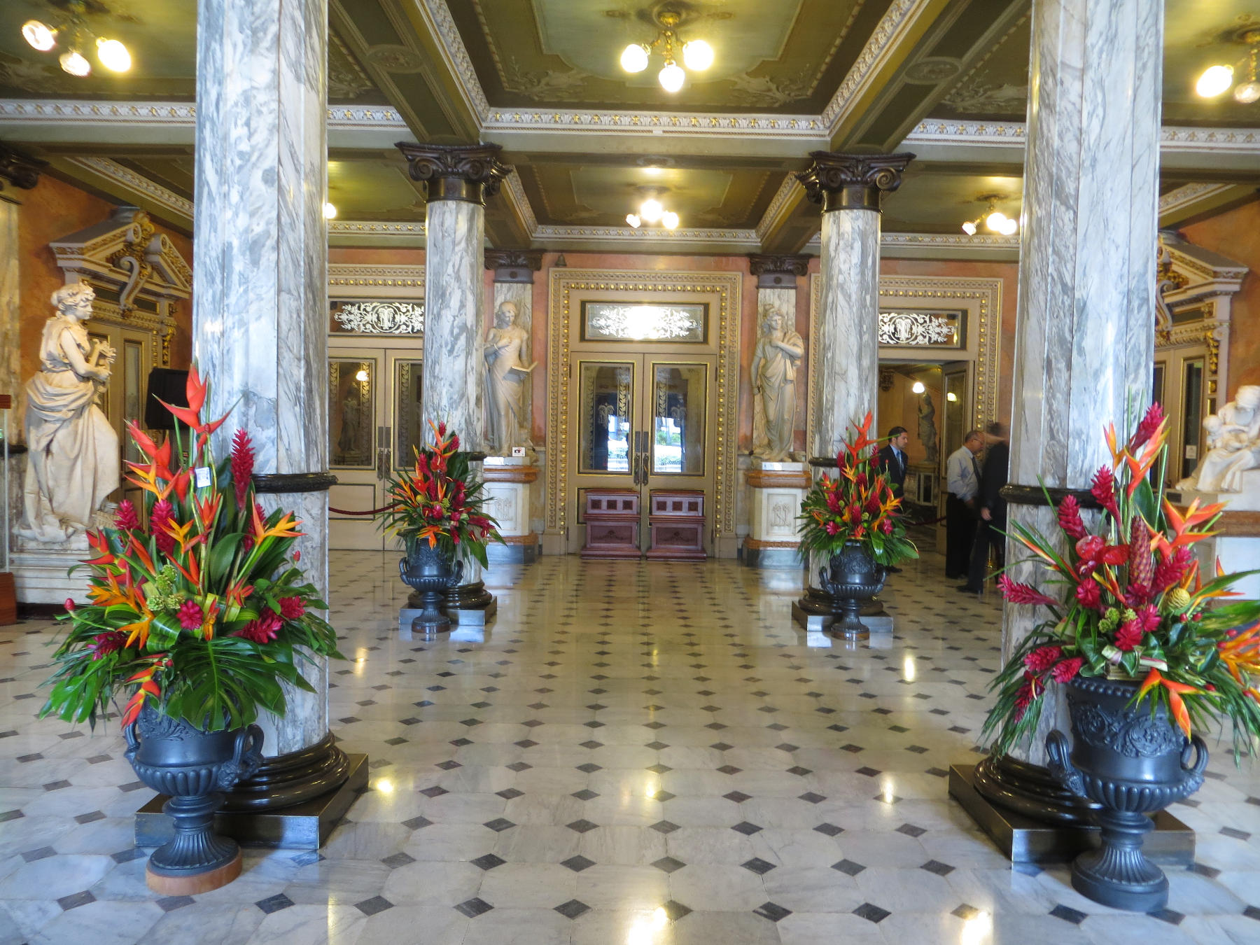 The lobby of the National Theater, with marble floors and columns, offers a stunning first impression.