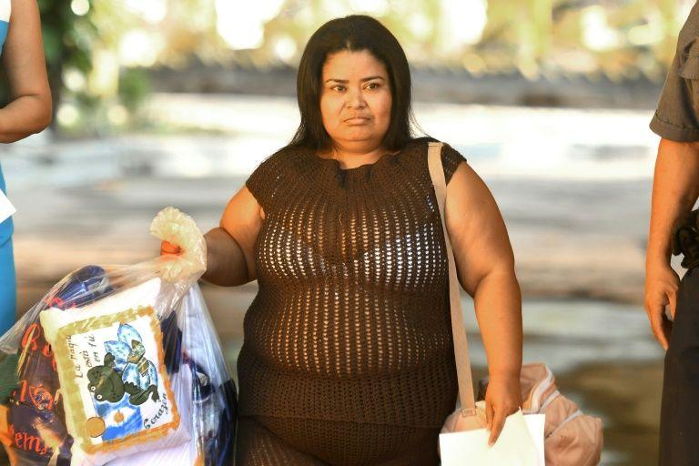 Women El pictures salvador