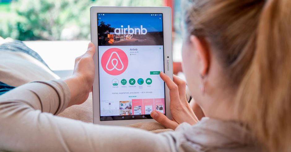 According to proposal, Airbnb would pay 13% VAT – Q COSTA RICA